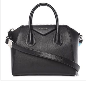 Small Givenchy Antigona in Black Goatskin